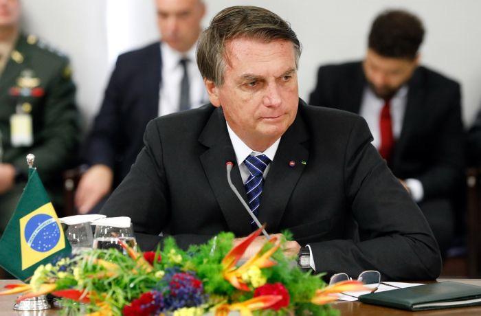 Crimes citados no relatório da CPI podem levar Bolsonaro à prisão por até 78 anos