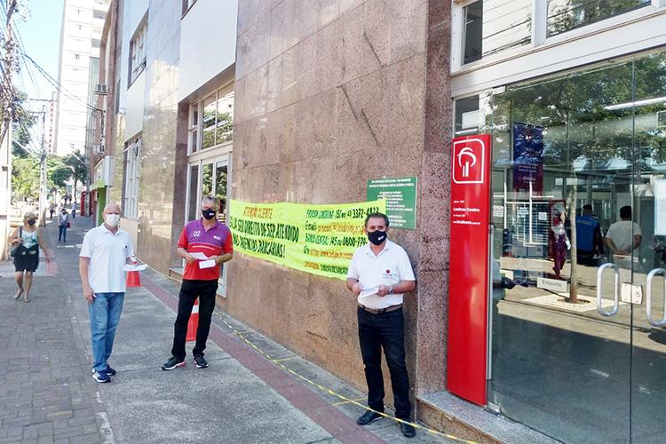 Sindicato de Londrina desenvolve nova ação contra filas nos bancos
