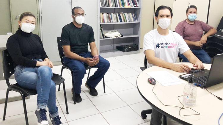 Laurito (no centro), é o novo presidente do CMS-LD, que também tem a diretora do Sindicato, Eunice Miyamoto como conselheira representante da CUT Paraná