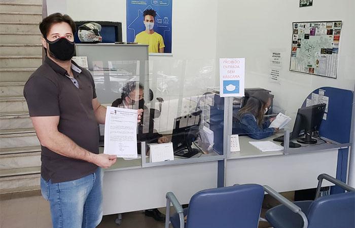 O secretário geral do Sindicato de Cornélio Procópio, Johni Müller, protocolou o requerimento para que a nota técnica do Ministério de Saúde seja cumprida, garantindo a imunização dos bancários