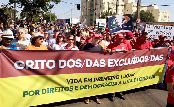 Dirigentes do Sindicato de Londrina participaram do 23º Grito dos Excluídos