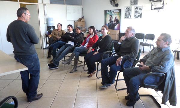 João Antonio, secretário de Formação da Fetec-CUT/PR, coordenou a oficina no Sindicato de Apucarana