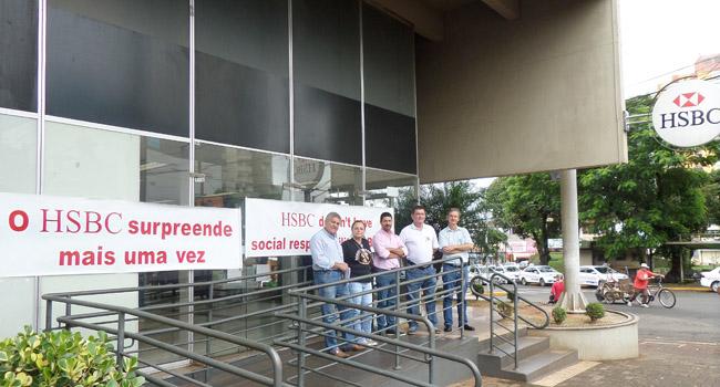 A agência de Apucarana do HSBC ficará fechada durante todo o dia em protesto pelo pagamento da PLR