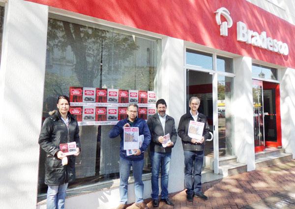O Sindicato de Apucarana promoveu atividades em defesa dos bancários e dos clientes no Dia de Luta no Bradesco