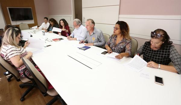 Os Acordos Coletivos negociados com o Bradesco regulamentam regras para a jornada de trabalho, análise de crédito e a Cipa