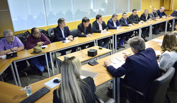 Representantes dos bancos enrolam na discussão para ampliar a proteção ao bancário vítima de extorsão mediante sequestro - Foto: Jailton Garcia
