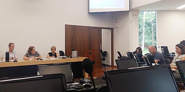 O CIUS discutiu o orçamento da UEL e a qualidade do ensino