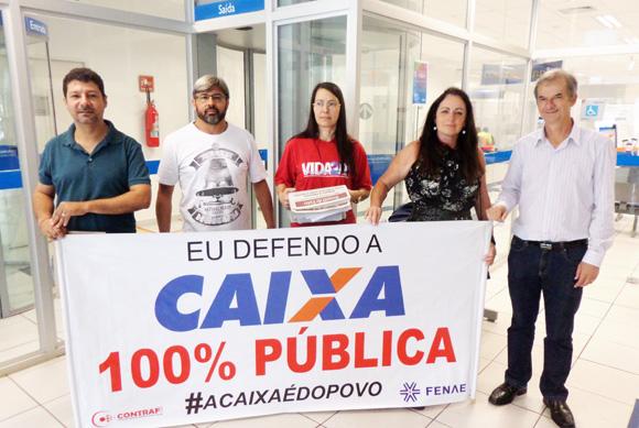 O Sindicato de Apucarana participou do Dia Nacional de Luta em Defesa da Caixa 100% pública