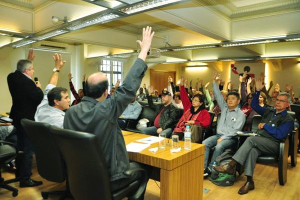 Na véspera do feriado do de Finados os banespianos se reuniram em São Paulo para definir estratégias em defesa dos direitos