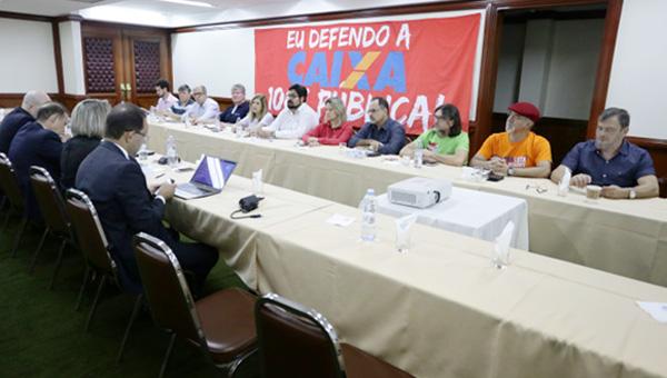 A CEE rejeitou de pronto na mesa a proposta da Caixa, ressaltando que sem garantia de emprego não tem acordo - Foto: Jaílton Garcia/ Contraf-CUT