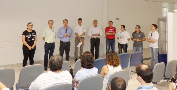 Reunião com empregados da Caixa em Apucarana analisou reflexos da reforma trabalhista nos direitos da categoria