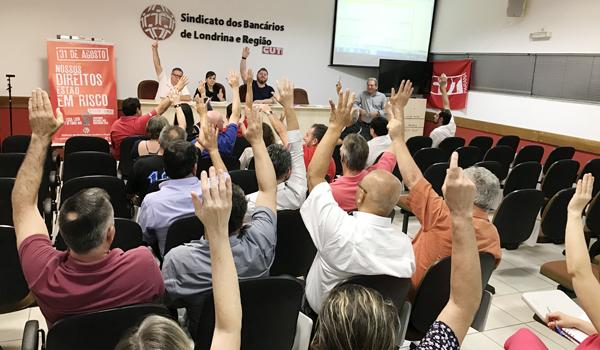 Associados presentes aprovaram por unanimidade a Prestação de Contas do Sindicato de Londrina