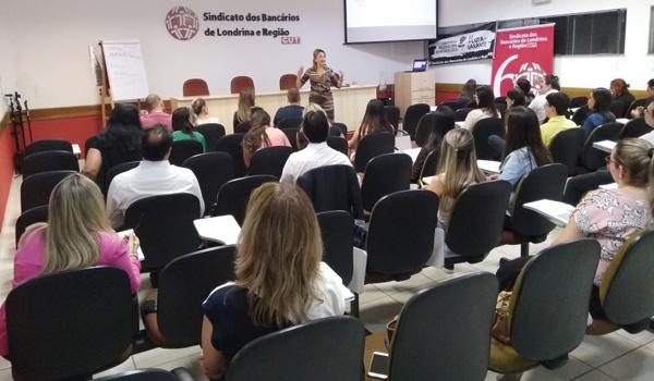Cerca de 30 bancários e bancárias estão se capacitando nas turmas de CPA abertas pelo Sindicato de Londrina