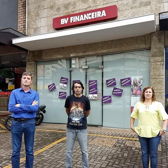 Dirigentes do Sindicato de Londrina protestam contra  a rotatividade na BV Financeira