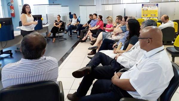 No último dia 25/01, Gisa se reuniu com funcionários da agência do BB em Cambé