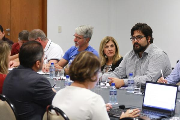 A CEE criticou o lançamento pela Caixa do Programa Eficiência sem ter discutido o mesmo com os representantes dos empregados