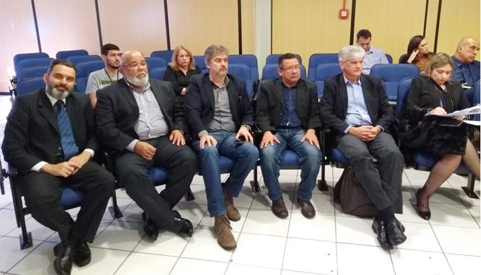 Representantes dos bancários e dos vigilantes foram pegos de surpresa com o fim da CCASP no dia 10/07, quando aguardavam a realização de mais uma reunião