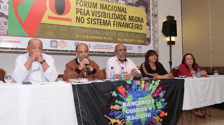 Debatedores abordaram o papel do negro no desenvolvimento científico e tecnológico do País - Foto: Alessandro Carvalho