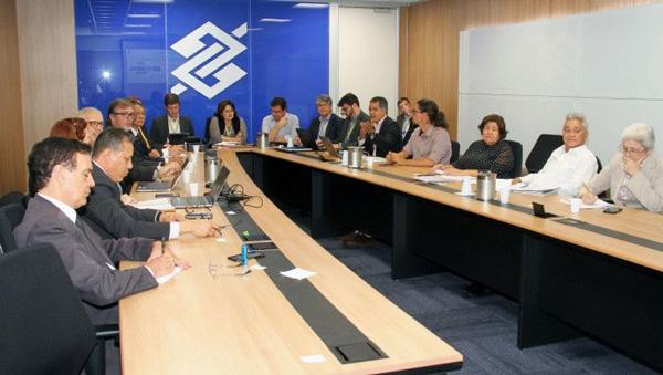 Os funcionários apresentaram uma contraproposta com o modelo de estrutura de governança para a Cassi  - Foto: Guina Ferraz