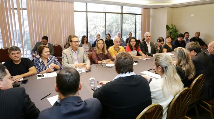 Representantes dos bancários apontaram diversos casos de descumprimento da CCT em relação a direitos ligados à saúde - Foto: Contraf-CUT/Jailton Garcia