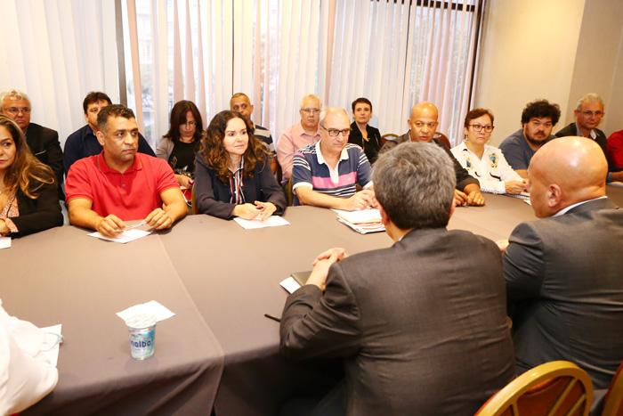 Dirigentes sindicais levantaram o alto número de adoecimentos para justificar negociação sobre a organização do trabalho nos bancos - Foto: Jailton Garcia/Contraf-CUT