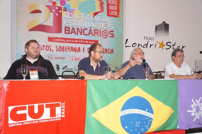 Roberto Von Der Osten e Jair Ferreira falam sobre os ataques aos bancos públicos brasileiros