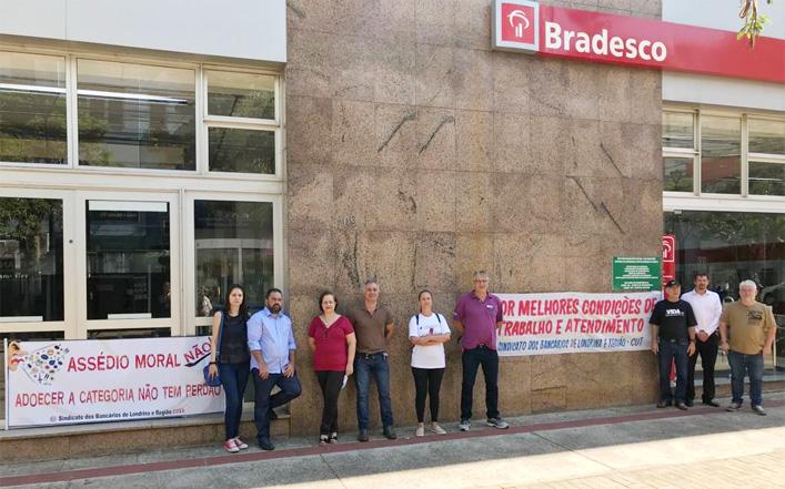 A manifestação afetou as agências Centro, Empresas e Prime no Centro de Londrina