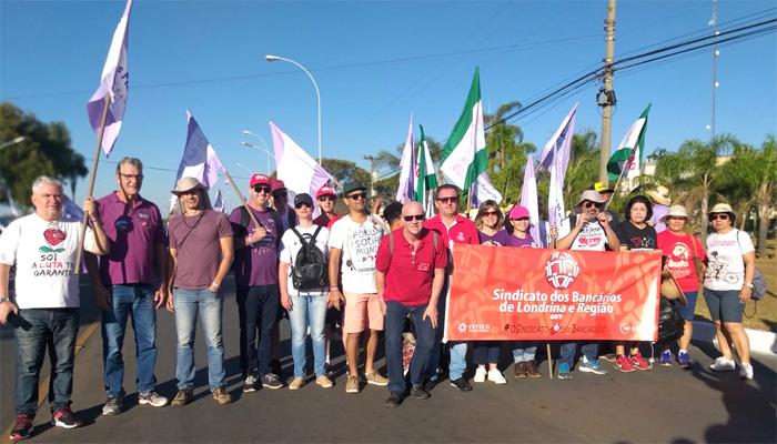 Dirigentes do Vida Bancária participam da Marcha das Margaridas