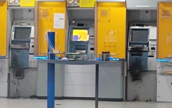 Agência do Banco do Brasil na Av. Bandeirantes tem caixas eletrônicos arrombados