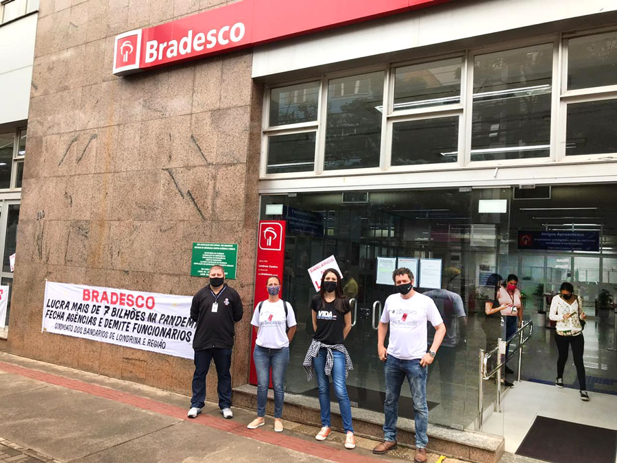 Sindicato de Londrina paralisa o prédio central do Bradesco no Dia Nacional de Luta