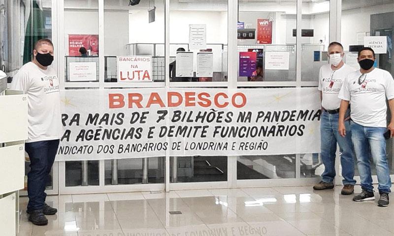 Paralisação na agência do Bradesco em Cambé cobra o fim das demissões