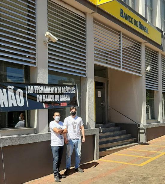 Ação do Sindicato de Cornélio Procópio no Dia Nacional de Luta dos Funcionários do Banco do Brasil