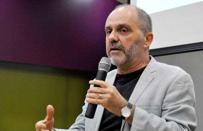 """O técnico do Dieese, Clemente Ganz Lúcio, acredita que é preciso rearticular as ações das entidades sindicais diante do """"nível de adversidade monstruoso"""" pelo qual passa o País"""