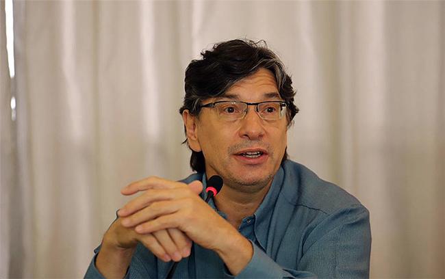 Marcio Pochmann ressalta a função social das empresas públicas - Foto: Roberto Parisotti