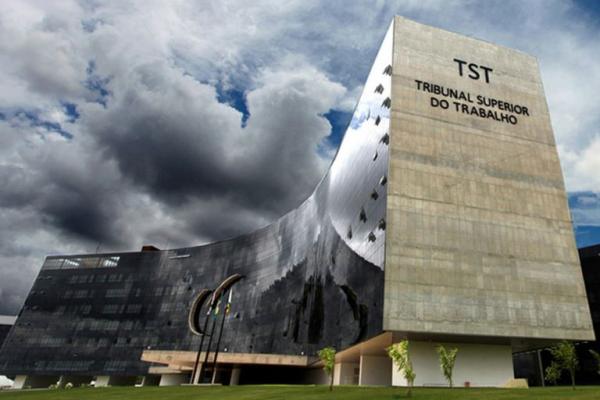 TST dá um mês para Comissão apresentar conclusões sobre reforma trabalhista