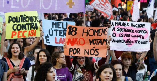 Matérias tratam da criminalização do aborto, representatividade da mulher na política, assédio moral e sexual, entre outros assuntos