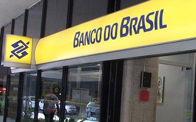 O banco de horas está previsto no Acordo Coletivo Aditivo assinado entre o BB e os Sindicatos