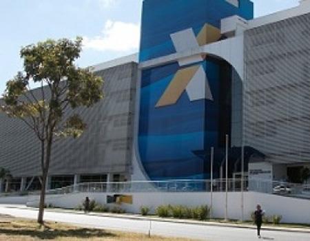 Caixa lucra R$ 16 bilhões, mas fecha 1.341 postos de trabalho