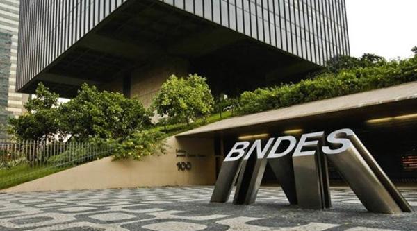 'Caixa-preta' do BNDES é incomodar bancos privados
