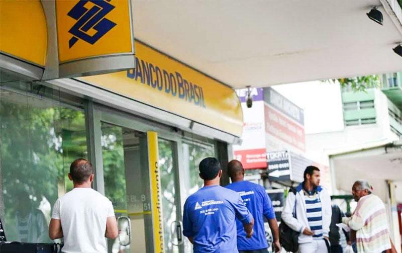 Com fechamento de agências, banco quer concentrar atendimento virtual - Foto: Marcelo Camargo/Agência Brasil