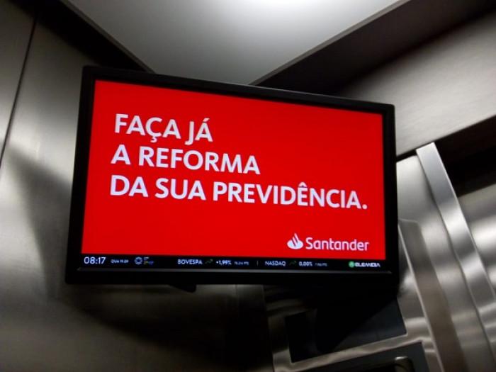 Tiro no pé? Santander escancara defesa do fim da aposentadoria