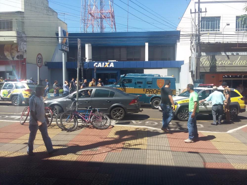 Tiroteio no Centro de Rolândia deixa seis pessoas feridas e uma morta, diz polícia